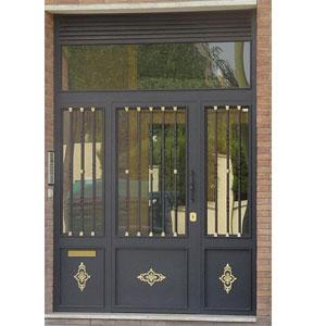 Puertas de Comunidades o Fincas en Barcelona